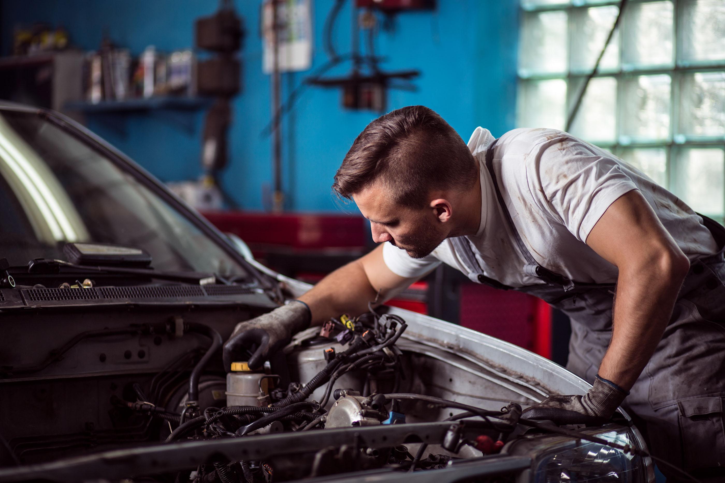 wide mitsubishi auto repair wallpapers mo columbia mechanic car engine in shop